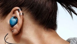 Samsung is to launch wireless earbuds
