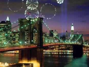 Download Fireworks on Brooklyn Bridge