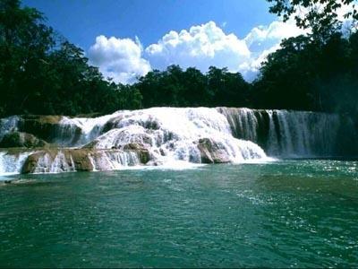 Download SaversPlanet Waterfalls Screensaver